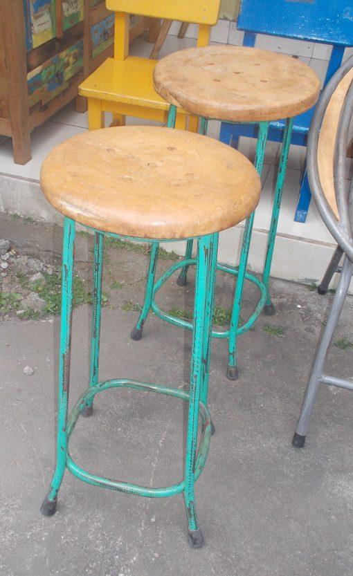 Wooden Stool GMV-5640