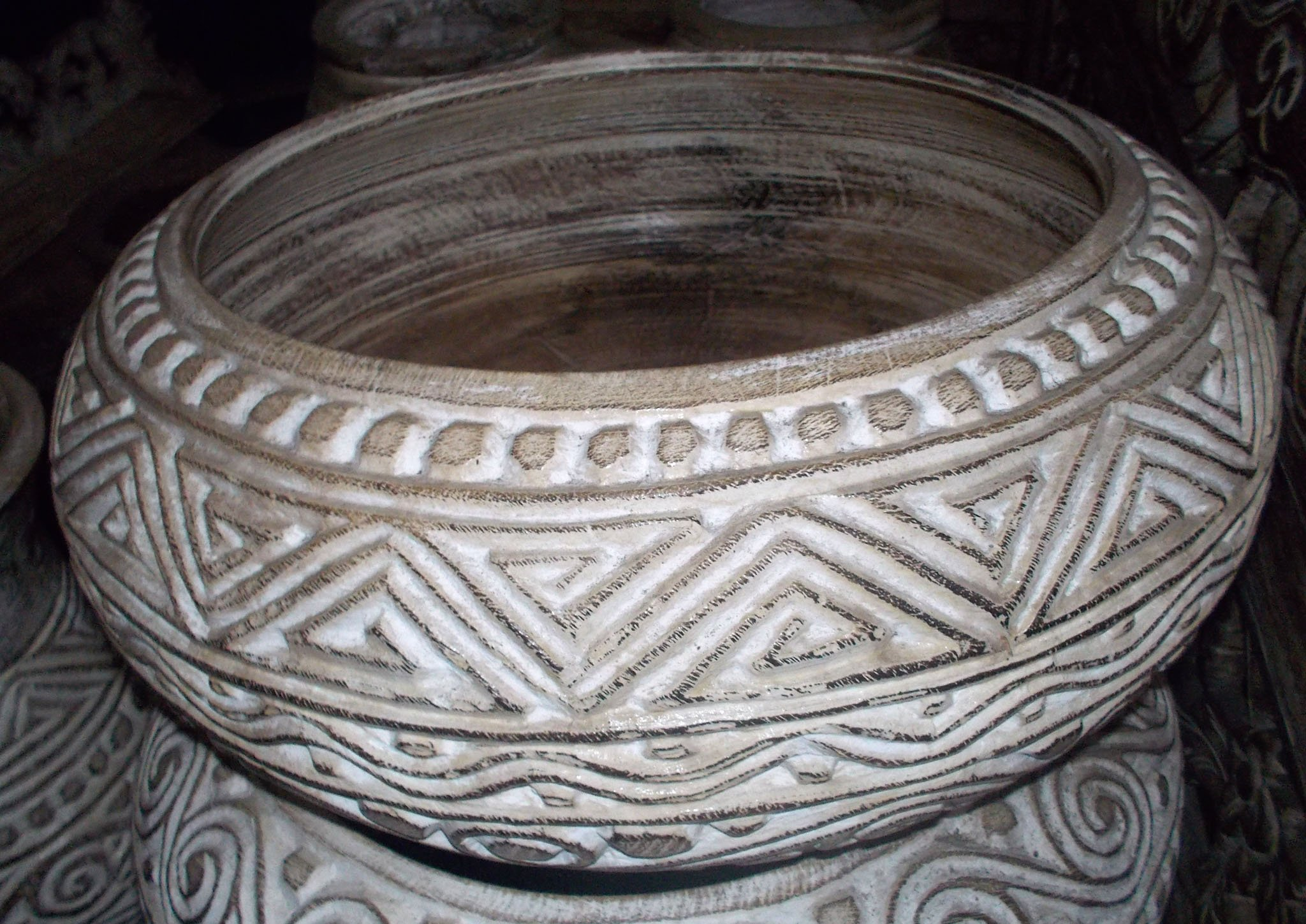 Carved Suar Bowl With Wash Finish – BOWL-2963 1