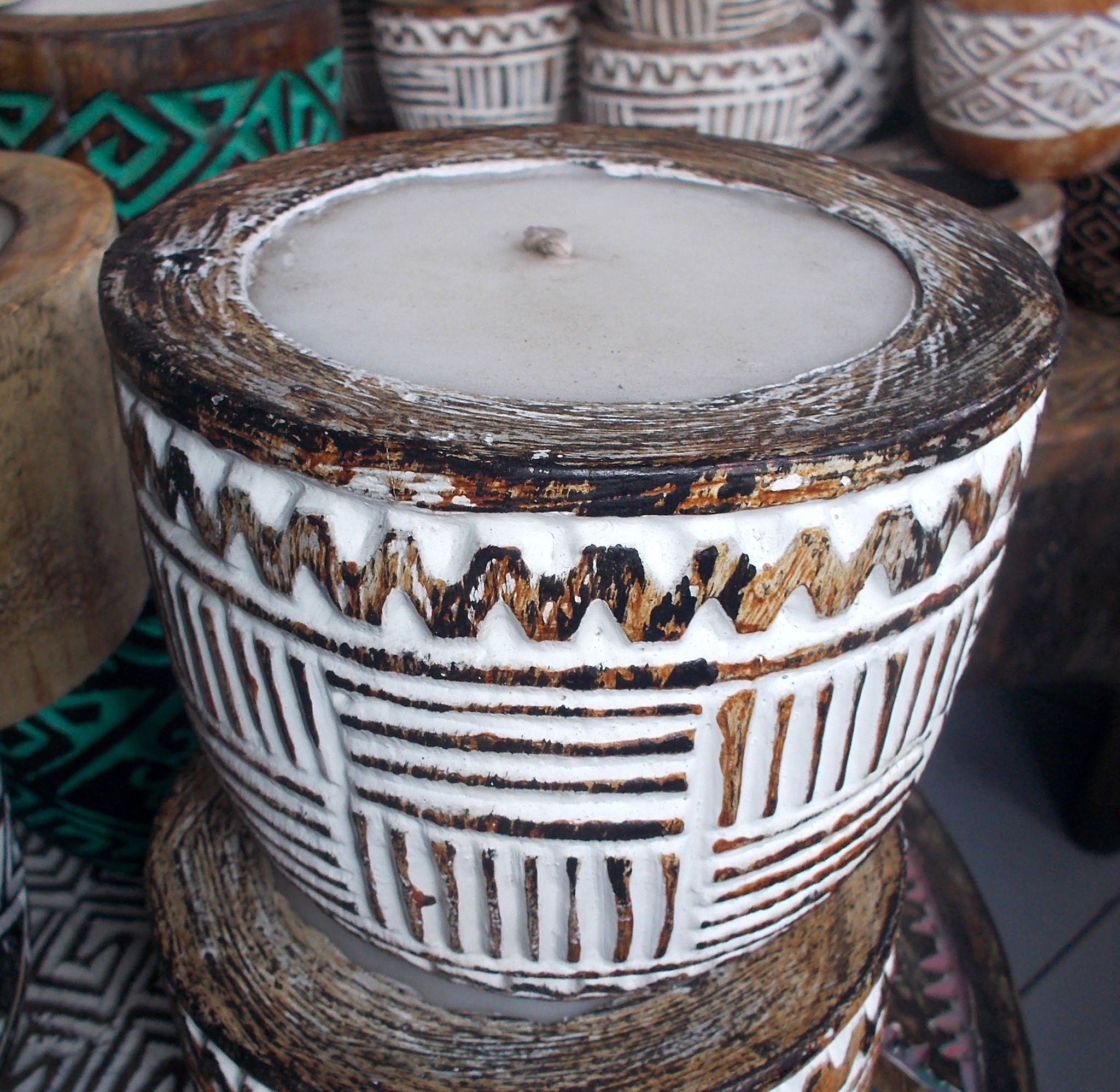 Suar Wood Carved Candle – CANDLE-2936 1