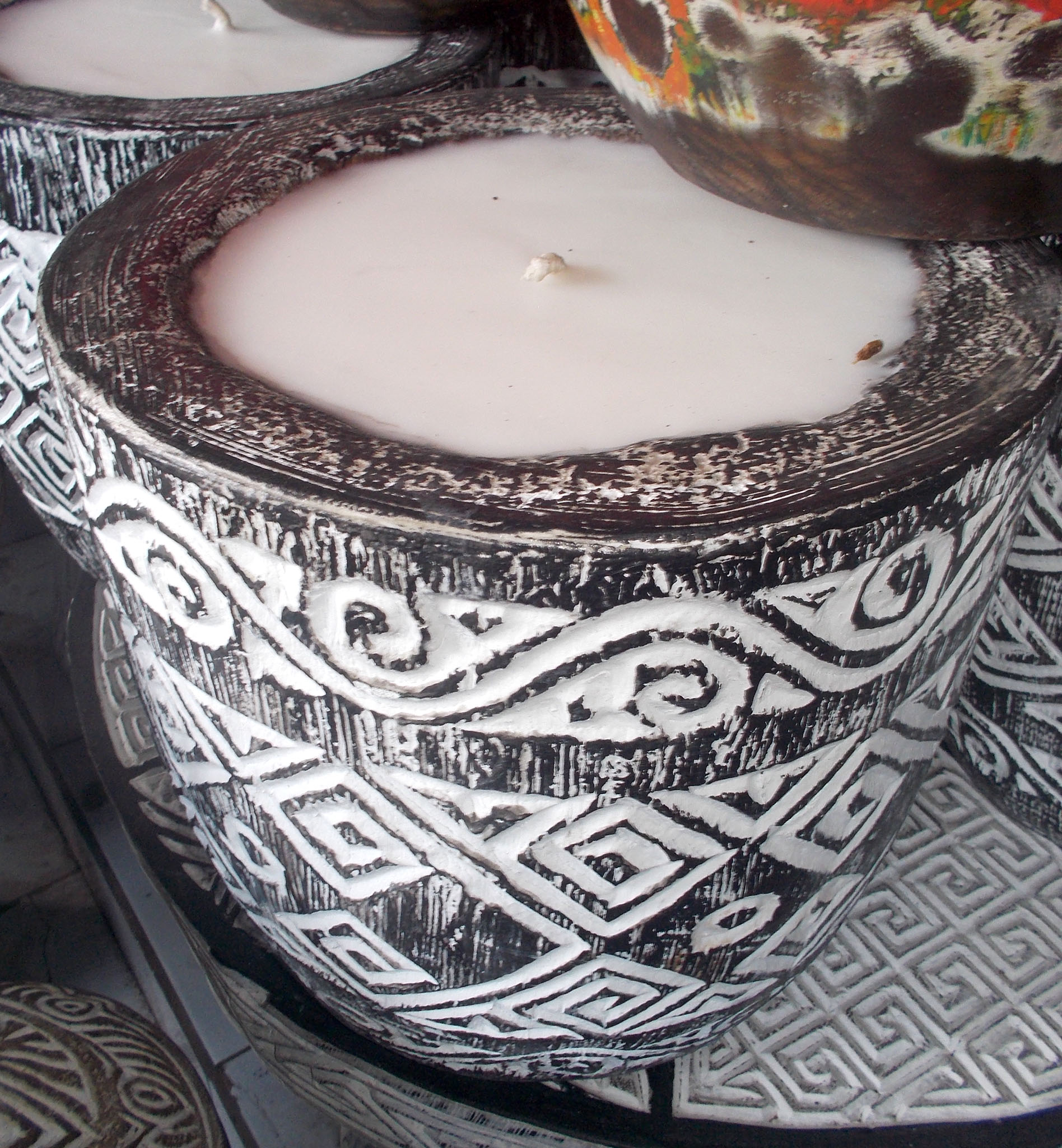 Suar Wood Carved Candle – CANDLE-2938 1