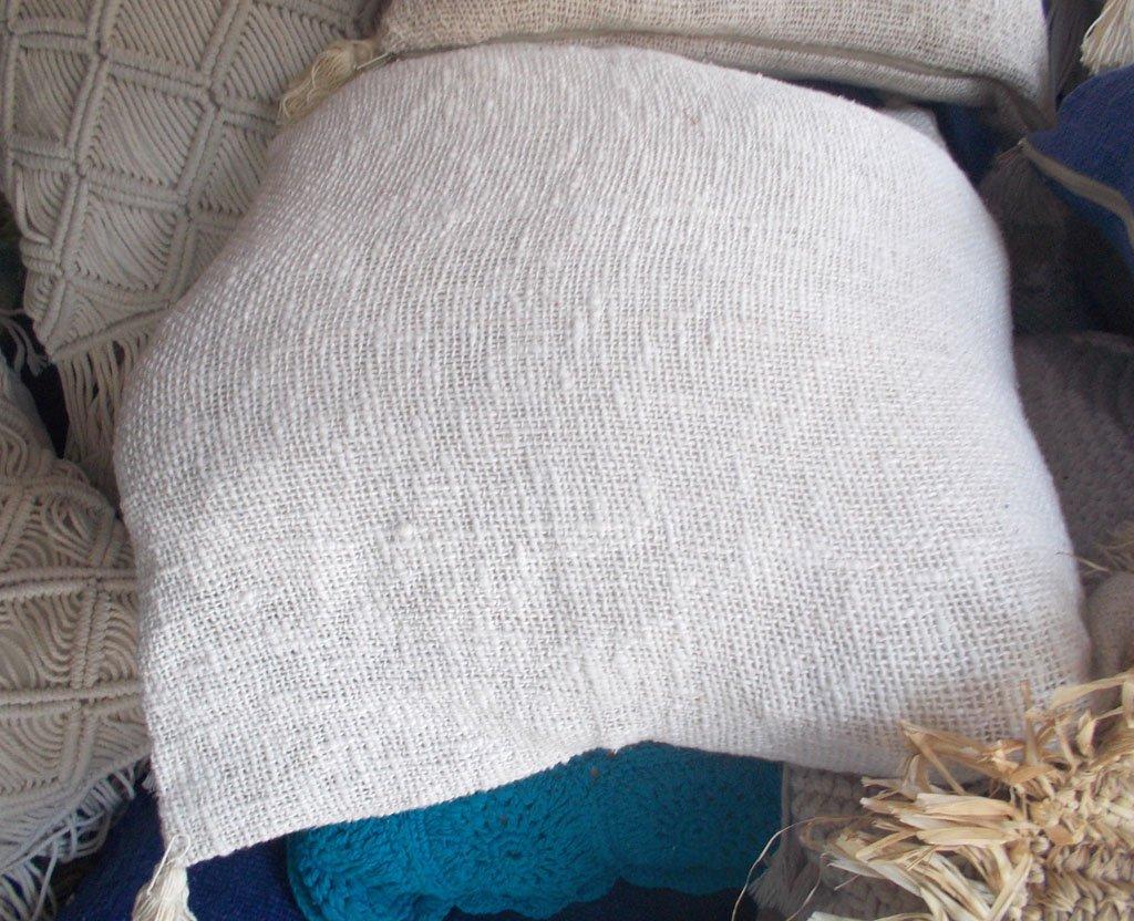 Cushion With Dacron Filler – CUS-2932B 1