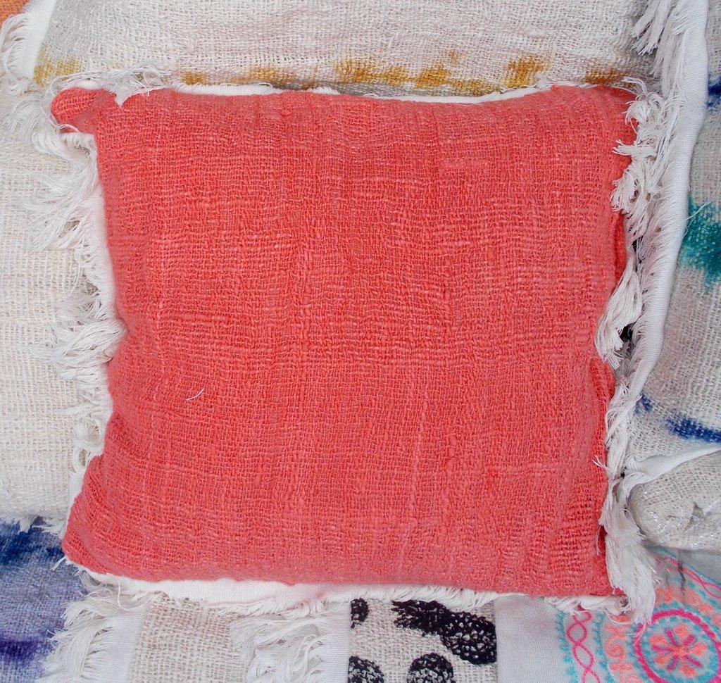 Cushion With Dacron Filler – CUS-2966B 1