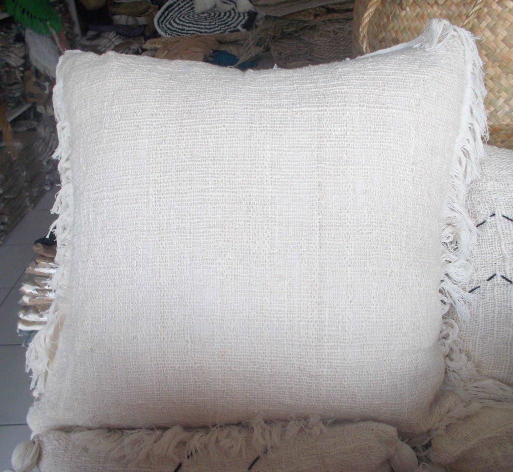 Cushion With Dacron Filler – CUS-2969A 1