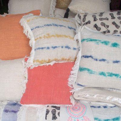 Cushion With Dacron Filler - CUS-2970B
