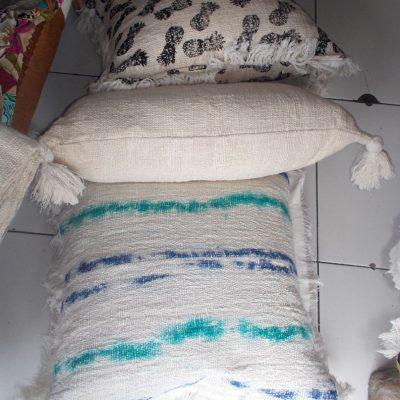 Cushion With Dacron Filler - CUS-2971B