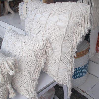 Cushion With Dacron Filler - CUS-2972A