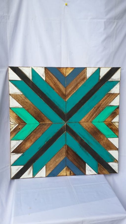 Albesia Wood Wall Decoration - MKD-035